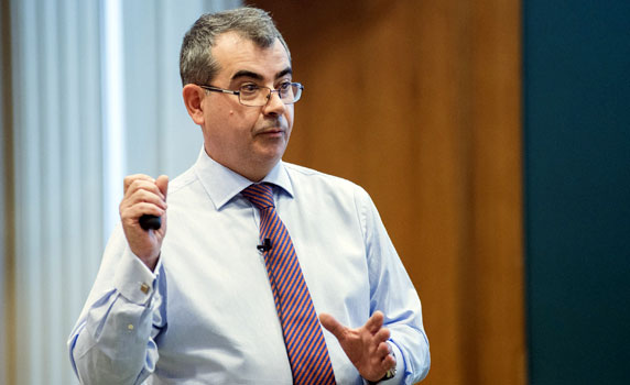 Bernardo Calleja | IESE Business School