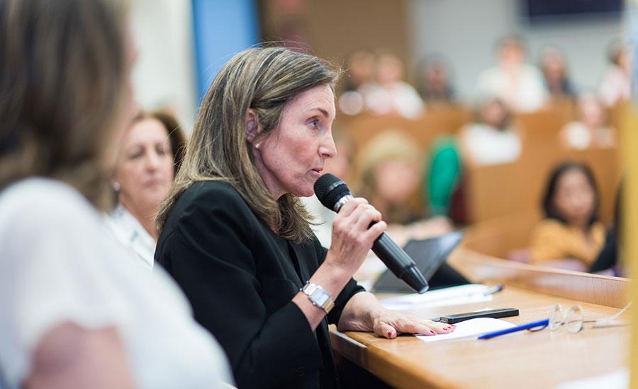 Mujeres e independientes impulsan el buen gobierno en las empresas españolas
