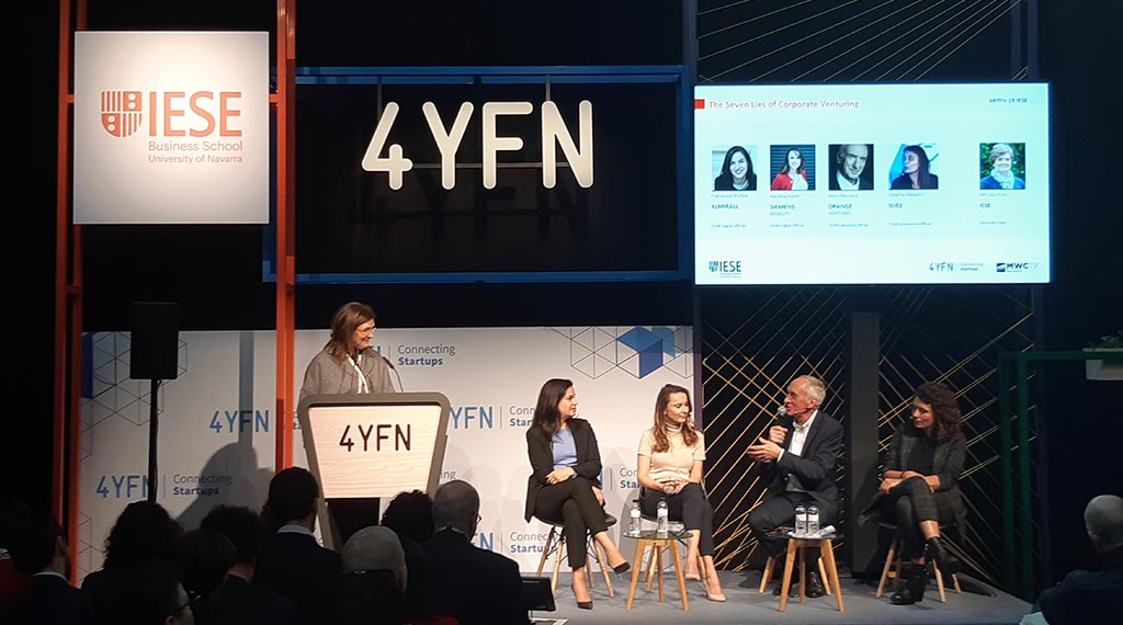 La prof. Julia Prats moderó una sesión en el 4YFN