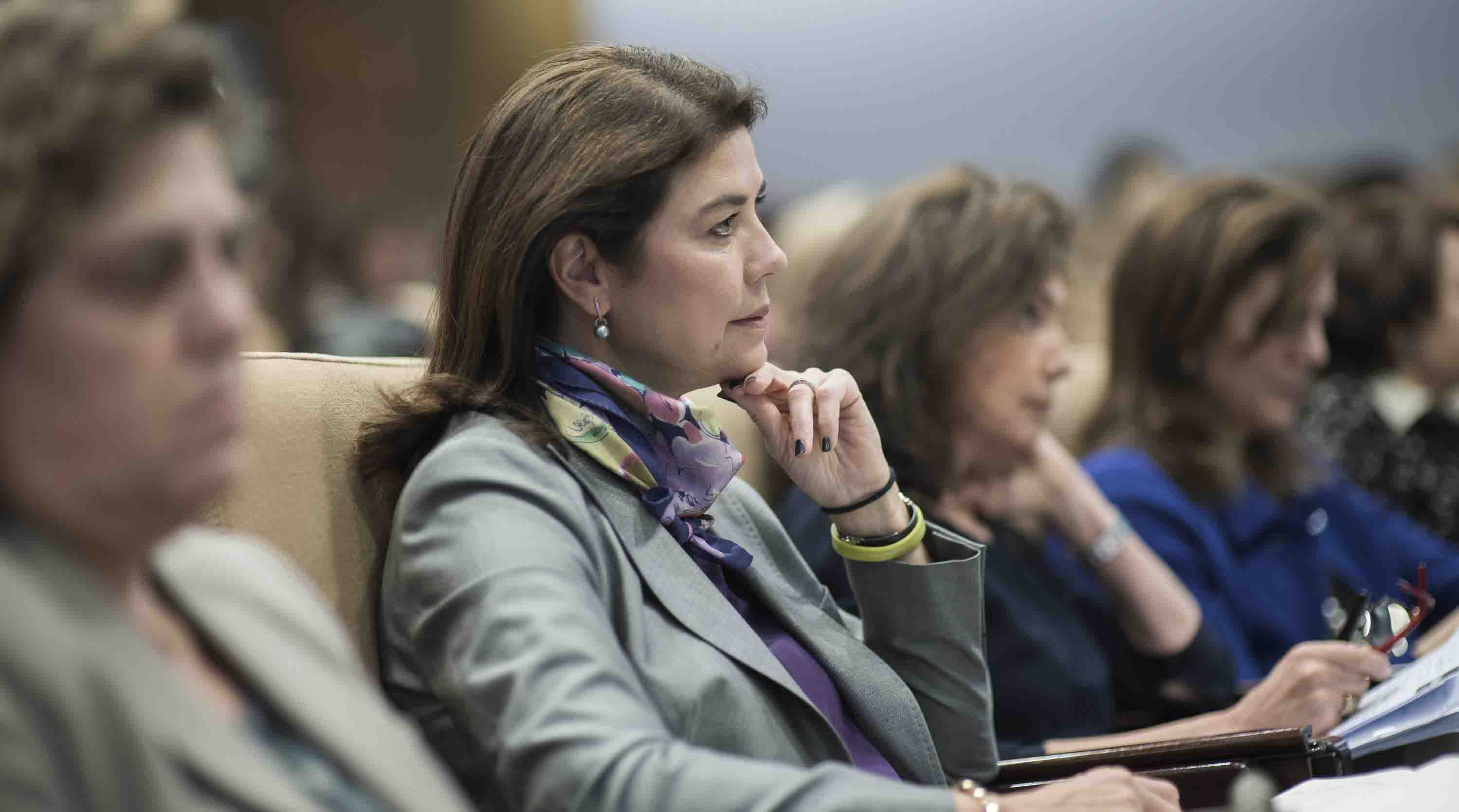 Las mujeres ganan terreno en los consejos de administración en España, pero la paridad aún queda lejos