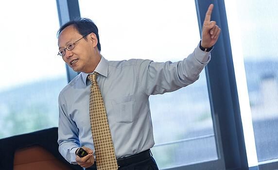 Cómo dirigir en un entorno multicultural | IESE Business School