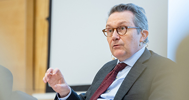 Cátedra Abertis de Regulación, Competencia y Políticas Públicas