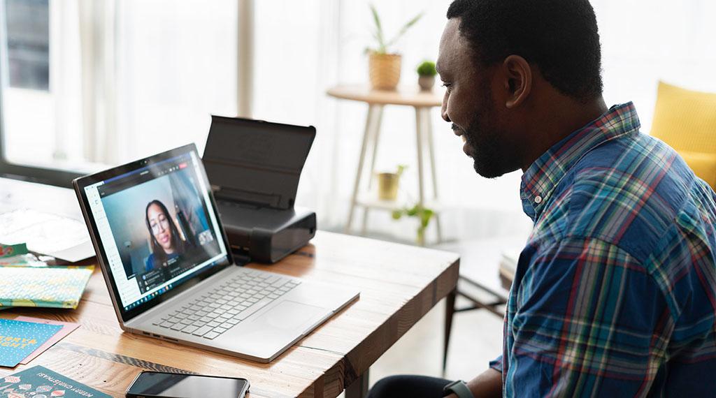Solo un 12% de los empleados afirma que le gustaría teletrabajar siempre
