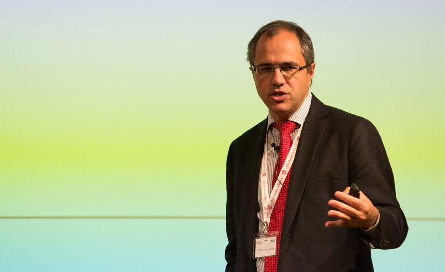 Prof. Tony Dávila | IESE Business School