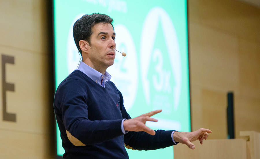 Emmanuel Lagarrigue | IESE Business School