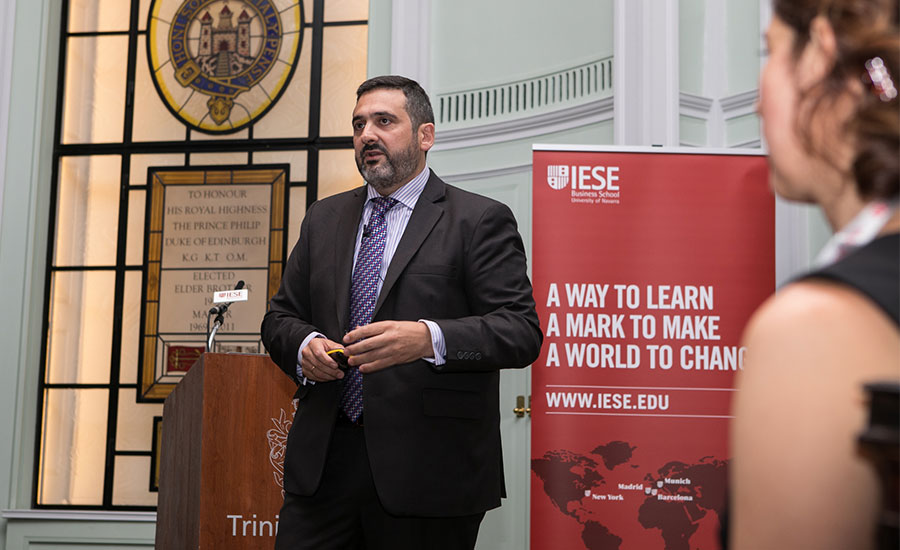 Álex Cruz, CEO de British Airways | IESE Business School