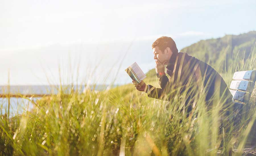 Summer Reading: 6 Business Books to Help You Improve as a Manager