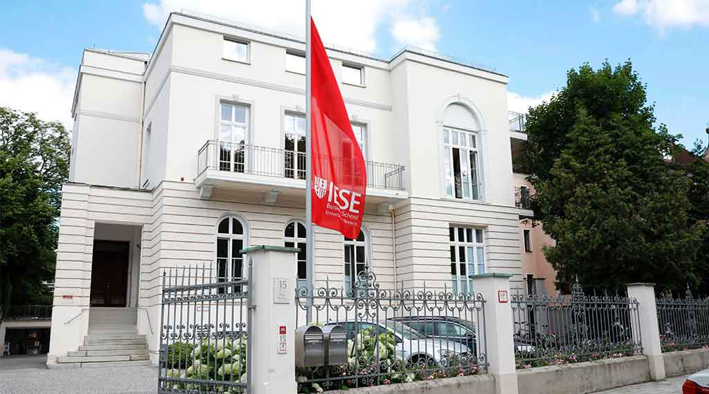 IESE launches new leadership program in Germany